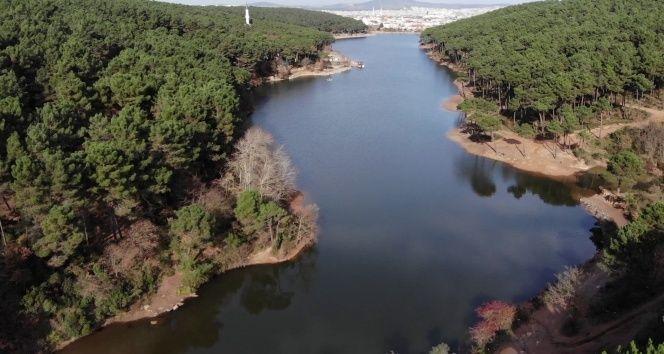 İstanbul Aydos Gölü alarm veriyor