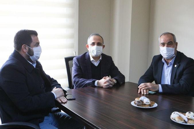 """AK Partili Sürekli: """"Milletin devletiyle arasındaki duvarı kaldıralı çok oldu"""""""