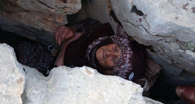 Kayalıklar arasında sıkıştı hastanede öldü