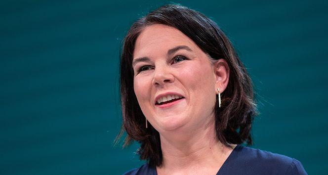 Alman Yeşiller Partisi ilk kez başbakan adayı çıkardı