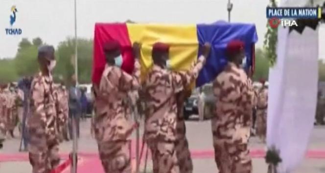 Cephede hayatını kaybeden Çad Devlet Başkanı Deby, son yolculuğuna uğurlandı