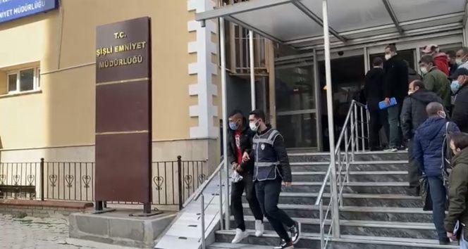 İstanbul'da yaşlı adamı 'terör örgütü' yalanıyla dolandıran çete çökertildi