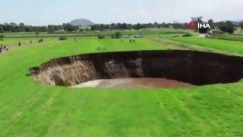 Meksika'da dev düdenin oluştuğu anlar kameralara yansıdı