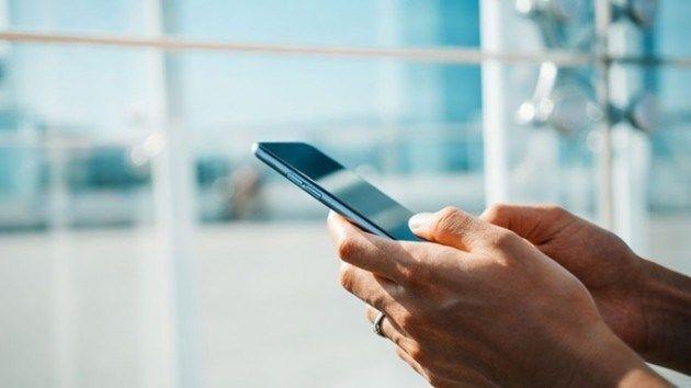 Bakanlıktan 3 firmaya 'cep telefonu yenileme merkezi' yetkisi