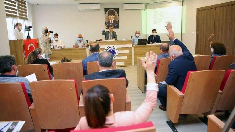AKP'de çözülmeler başladı: Peş peşe istifalar geliyor