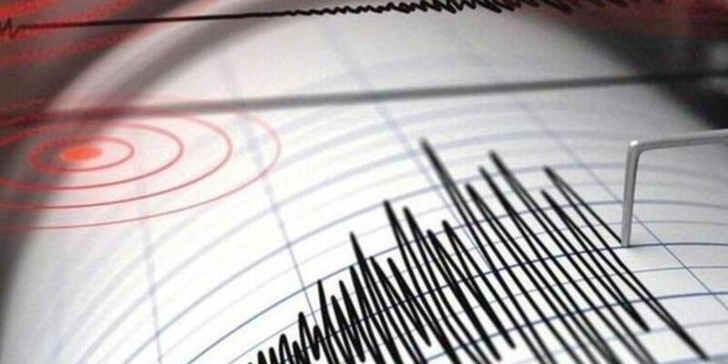 Antalya Kumluca'da korkutan deprem