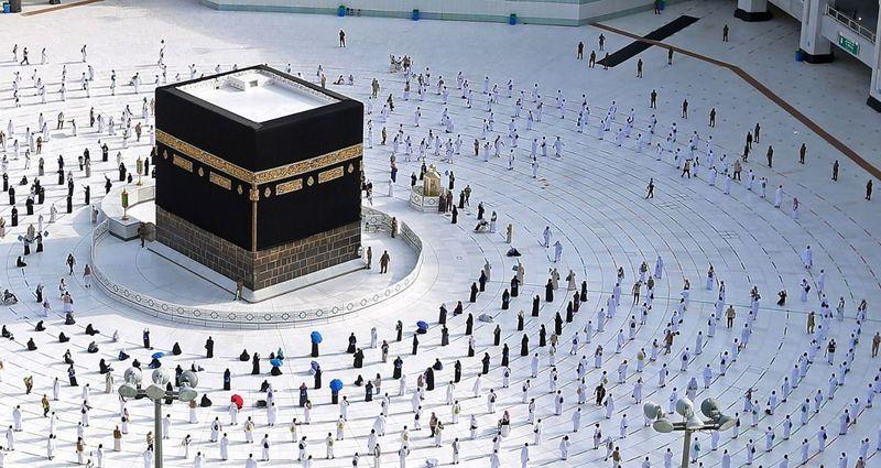 Suudi Arabistan bu sene de 60 bin hacı kabul edecek!