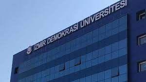 İzmir Demokrasi Üniversitesi 10 Öğretim Üyesi alıyor