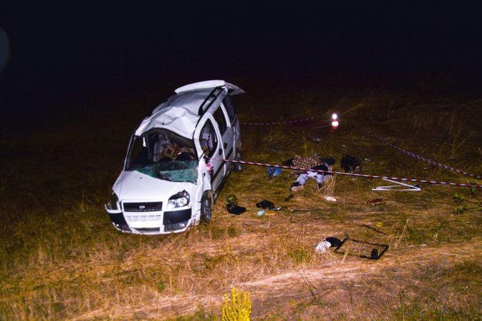 Düğün dönüşü kaza 1 ölü 5 yaralı