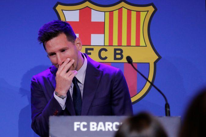 Lionel Messi, Barcelona'ya göz yaşlarıyla veda etti
