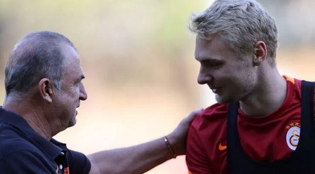 Galatasaray'da Victor Nelsson'a lisans engeli