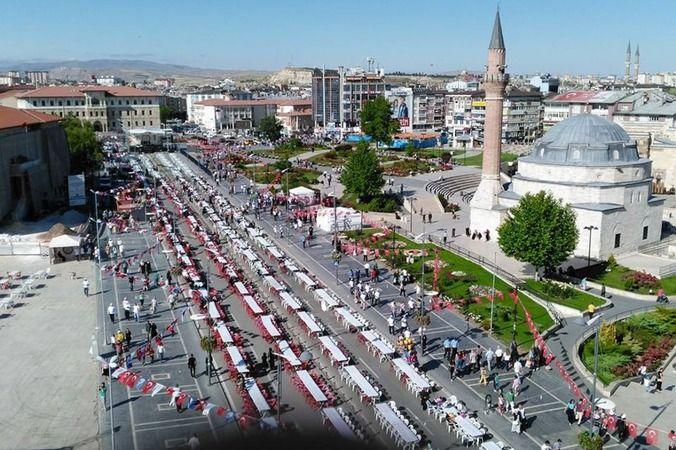 Sivas'ta ticaret, turizm, konut imarlı arsa satılacak