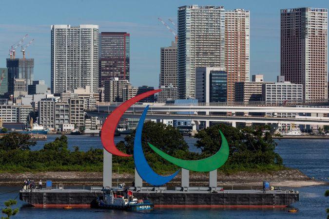 Dev paralimpik sembolü Tokyo'da görücüye çıktı