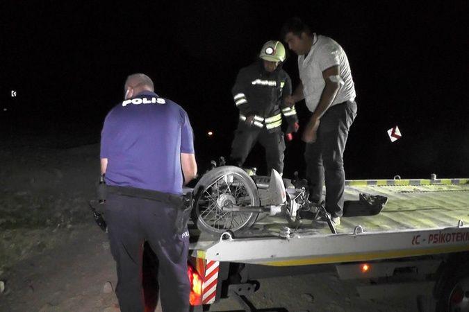 Motosikletiyle su kanalına yuvarlanan 15 yaşındaki genç hayatını kaybetti