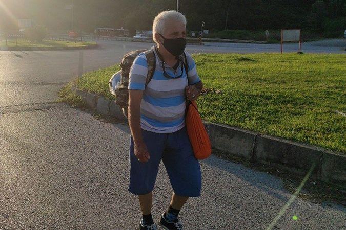 5 yıldır yürüyerek seyahat eden gezgin, 'Ben hem tatil hem de spor amaçlı yürüyorum'