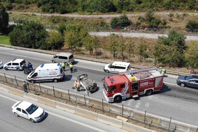 Kartal'da aşırı hızlı giden otomobil takla attı: 1 yaralı