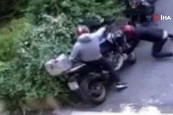 Park halindeki motosiklet saniyeler içinde böyle çalındı