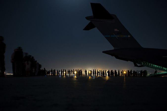 ABD 14 Ağustos'tan bu yana Afganistan'dan yaklaşık 116 bin 700 kişiyi tahliye etti