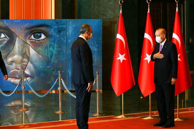 Cumhurbaşkanı Erdoğan'ın 30 Ağustos tebriklerini kabulündeki tablo detayı