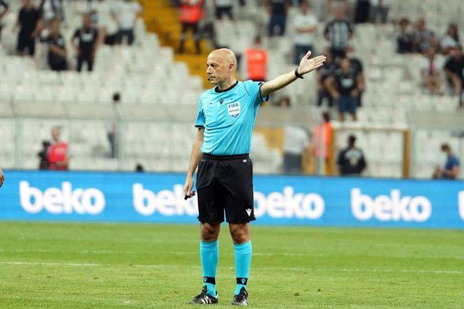 FIFA'dan Cüneyt Çakır'a görev!