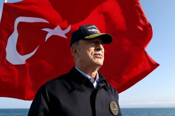 Bakan Akar'dan, Preveze Deniz Zaferi'nin yıl dönümü ve Deniz Kuvvetleri Günü mesajı