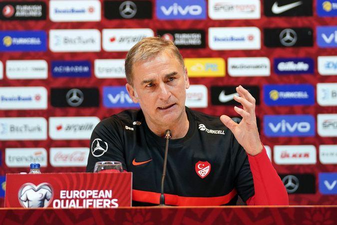 """Stefan Kuntz: """"Takımın sahada yüksek kalitede oynamasını hedefliyorum"""""""