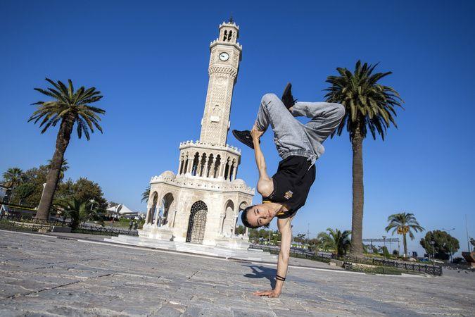 İzmir'in Breaking rehberi 'Dance City Guide' yayında