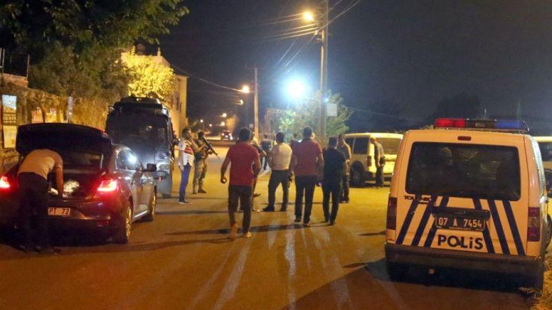 Antalya'da mahalle bekçilerine pompalı tüfekle ateş açıldı