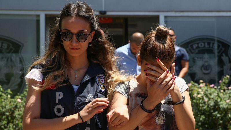 Antalya'da yankesicilik şüphelisi İran uyruklu 3 kişi yakalandı