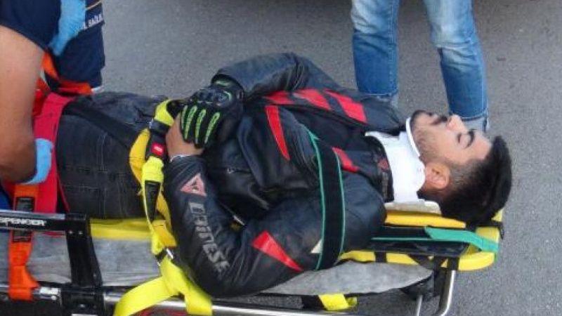 Römorka çarpmamak için motosikletten atladı