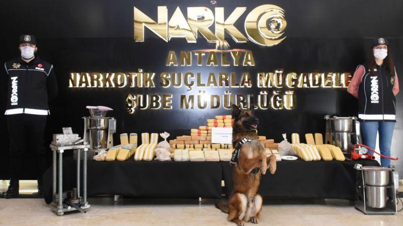 Antalya'da rekor miktarda uyuşturucu ele geçirildi