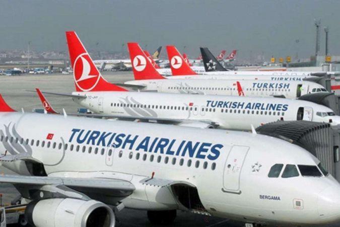 Türkiye'ye hava yoluyla seyahat edeceklerin PCR testi zorunluluğu uzatıldı