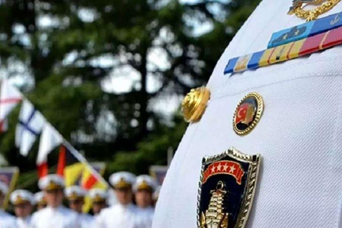 7 emekli amiralin evinde arama yapılıyor