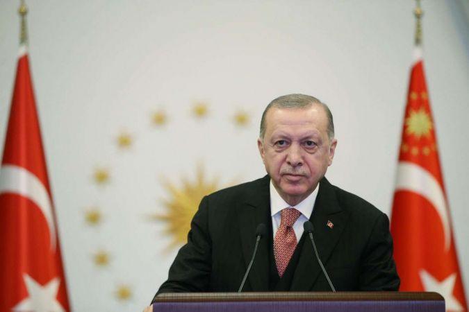 Cumhurbaşkanı Erdoğan: Türkiye'yi tehdit olarak görenler büyük bir yanılgı içerisinde