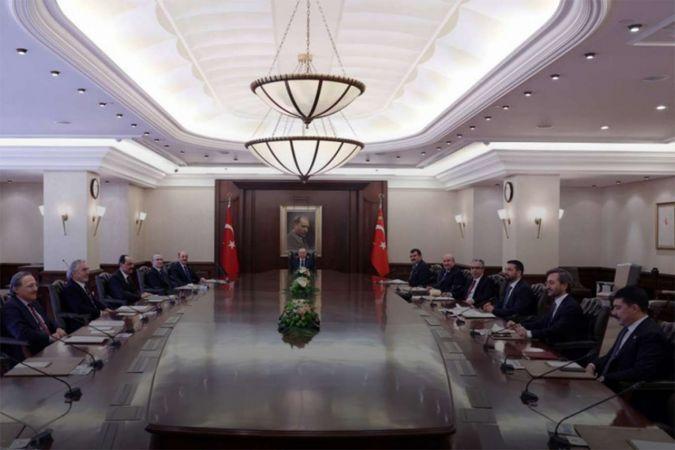 Cumhurbaşkanı Erdoğan Cumhurbaşkanlığı Politika Kurulu Başkanvekilleri ile bir araya geldi