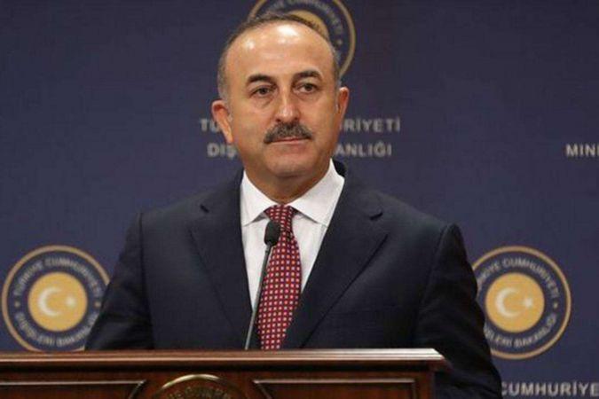 Pakistan Dışişleri Bakanı Kureyşi'den Çavuşoğlu'na destek mesajı