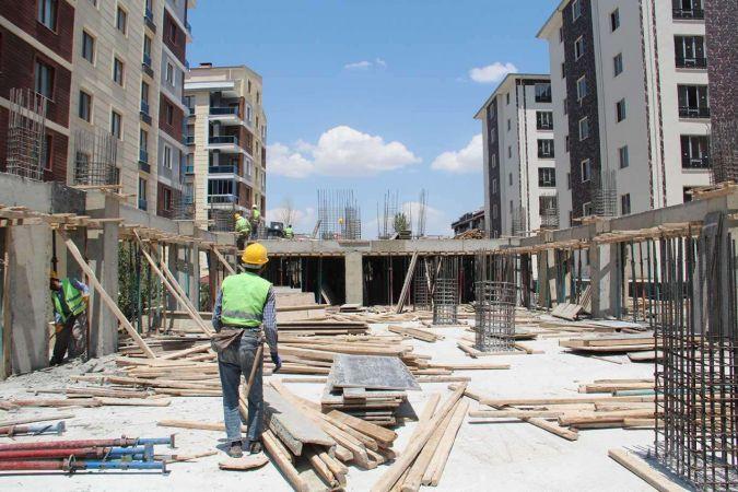 Hizmet ve inşaat sektörlerinde güvensizlik artıyor