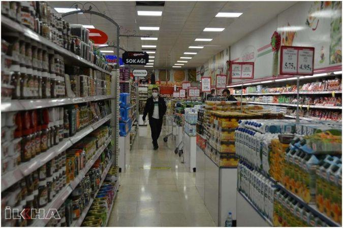 Tam kapanma süreci bitene kadar marketlerde temel ihtiyaç harici ürünler satılamayacak
