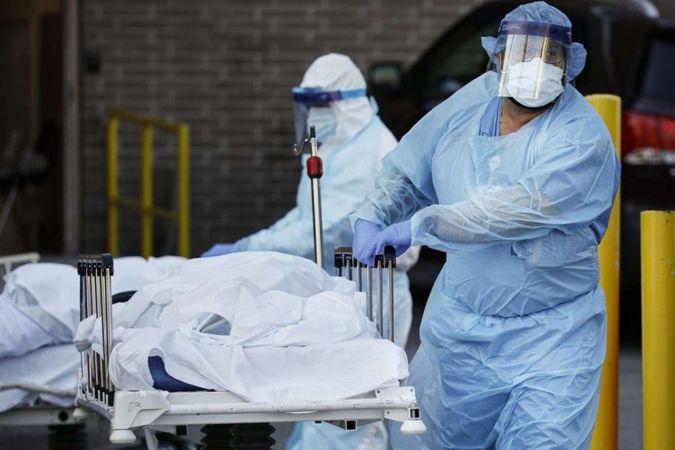 ABD'de Covid-19 nedeniyle ölenlerin sayısı 594 bini geçti