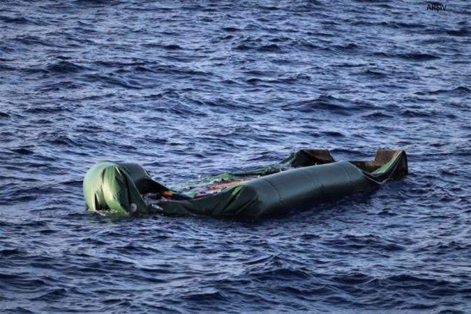 Akdeniz'de 3 göçmen çocuğun cenazesi kıyıya vurdu