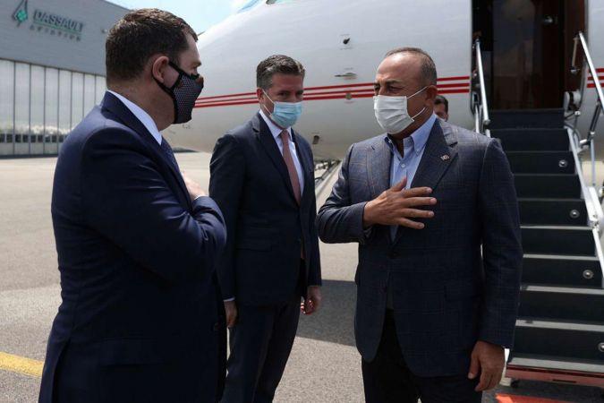 Bakan Çavuşoğlu'nun Fransa ziyareti başladı
