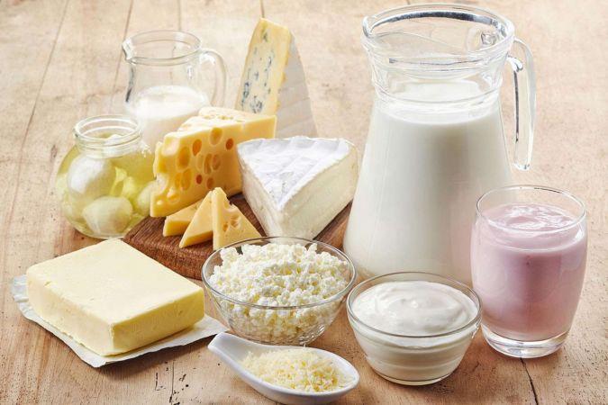 Nisan ayında süt işletmeleri tarafından 889 bin 725 ton inek sütü toplandı