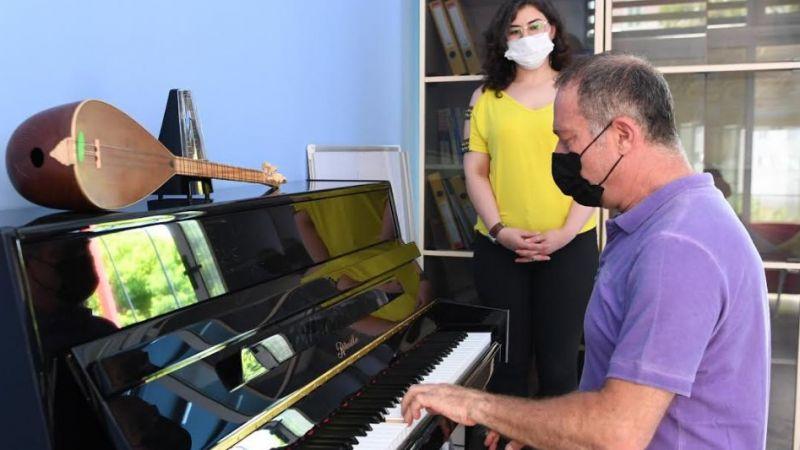 Sümer Ezgü Sanat Akademisi Konyaaltı'nda