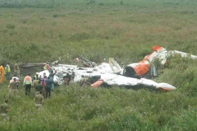 Kongo'da küçük uçak düştü: 3 ölü