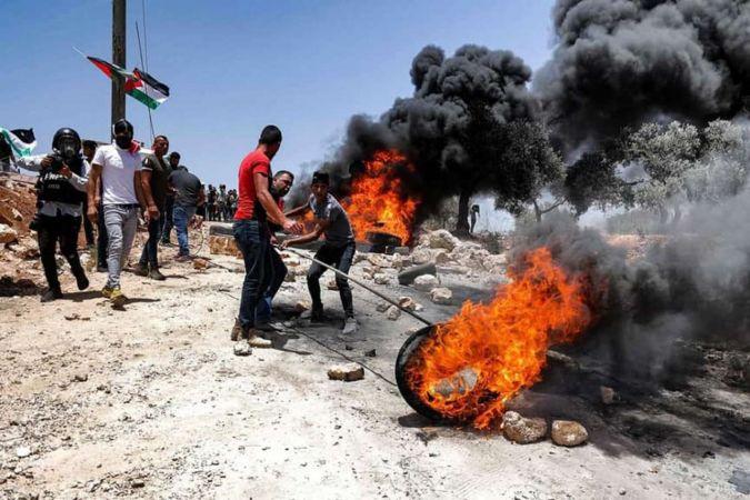 Siyonist işgal rejimi Batı Şeria'da Filistinlilere saldırdı: 350 yaralı