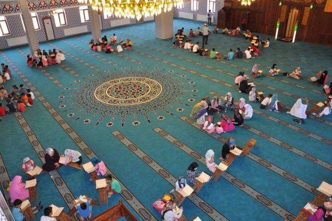 Yaz Kur'an kurslarına başvurular bugün başladı