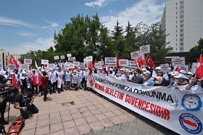 Enerji Bir-Sen Makine Kimya Endüstrisi Kurumu'nda statü değişikliğini protesto etti