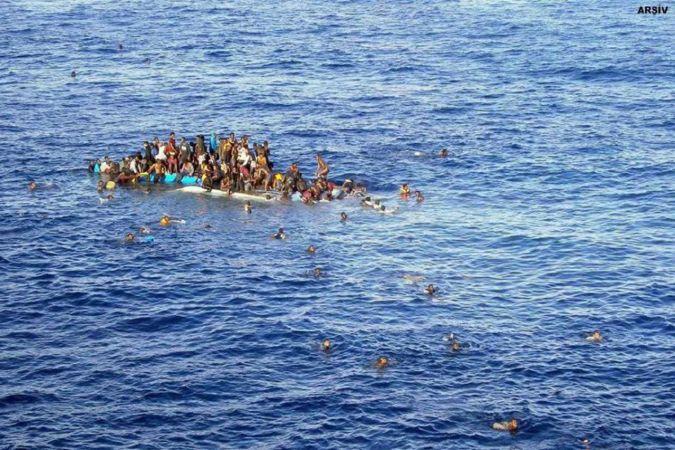 Yemen açıklarında tekne battı: En az 300 ölü