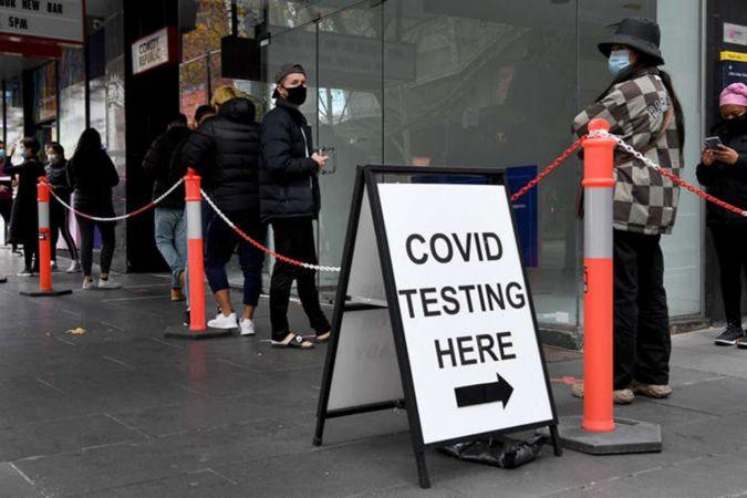 Avustralya'da Covid-19 vakalarındaki artış kısıtlamaları geri getirdi
