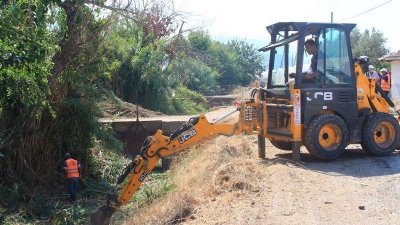 Kumluca'da kanal temizliği başladı